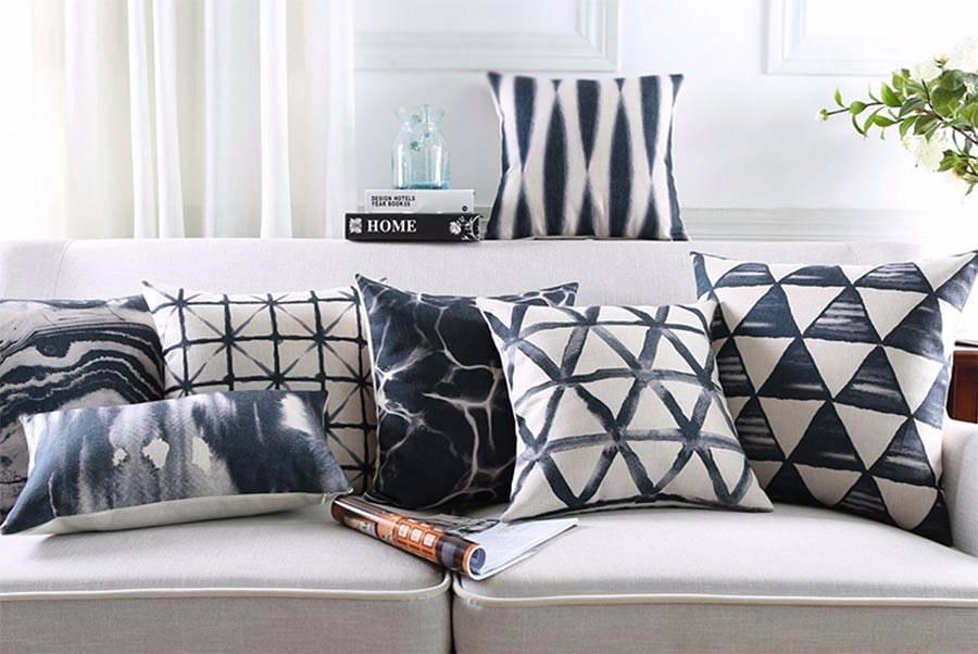 Poduszki ozdobne czarno-białe